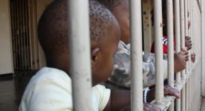 In South Africa, babies can stay with their incarcerated mothers until the age of two. (Photo: sythe.org)