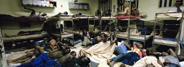 An overcrowded cell in Pollsmoor Prison (Photo: Mikhael Subotzky )
