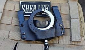 Handcuffs_zps9819ba1f