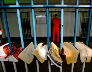 books in prison